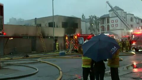 Incendio destruyó iglesia en el sur de Los Ángeles