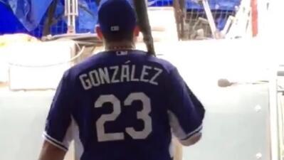 Adrián González lanza campaña para que los hispanos de la MLB usen tildes en sus camisetas