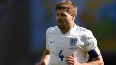 Steven Gerrard se retira de la selección de Inglaterra