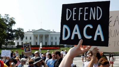 Vence el plazo para que soñadores soliciten la renovación del DACA