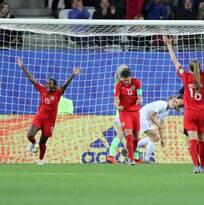 Canadá derrota a Nueva Zelanda y acompaña a Holanda a octavos de final del Mundial femenil