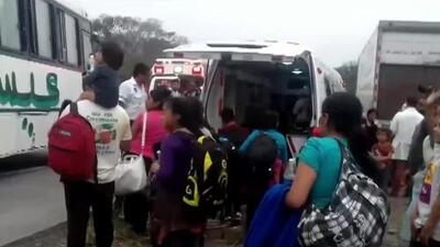 Aturdidos y llorando: así fueron hallados más de 150 migrantes en un camión abandonado en México
