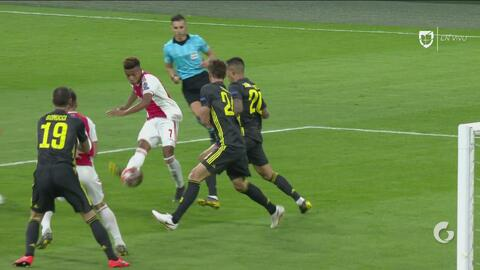 ¡Madruguete a la Juventus! Antes del minuto, David Neres hizo el 1-1 del Ajax