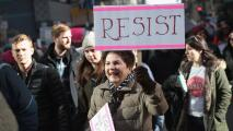 A pesar del mal tiempo en Chicago, miles de personas participaron en la Marcha de las Mujeres