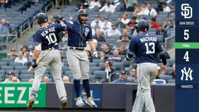 Eric Hosmer suena jonrón de tres carreras y Padres derrotan a Yankees en Nueva York