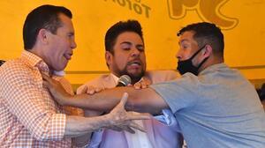 """Chávez sobre Camacho Jr: """"Salió igual de hablador que su padre"""""""