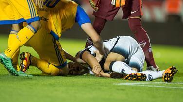 Descartan fractura en brazo de Luis Fuentes
