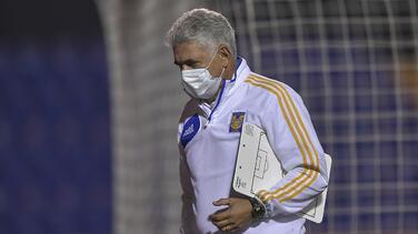 Al 'Tuca' le preocupan las bajas en Tigres a mitad de torneo
