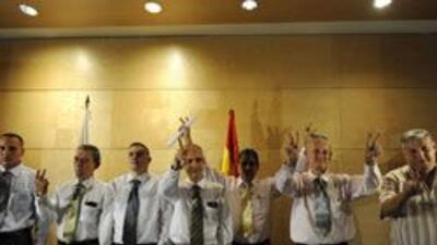 Siete ex reos políticos cubanos llegaron a España