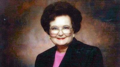 Dan último adiós a Lila Cockrell, primera mujer en convertirse alcaldesa de San Antonio