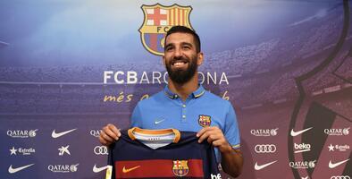 Arda Turan culpa a Valverde de su salida del Barcelona