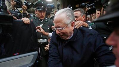 El Papa expulsa del sacerdocio a Fernando Karadima, un influyente cura chileno que abusó de menores durante décadas