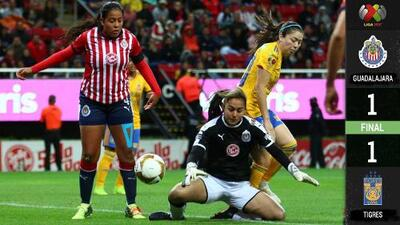 Chivas femenil rescata empate en la ida de la Semifinal ante Tigres