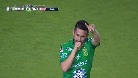¡Golazo de León! Fernando Navarro sigue brillando con goles