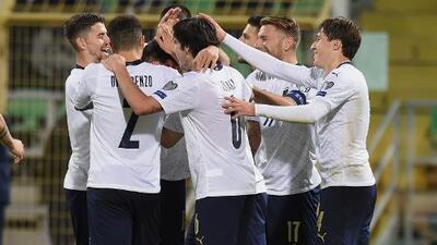 La perfecta Italia destroza 9-1 a Armenia