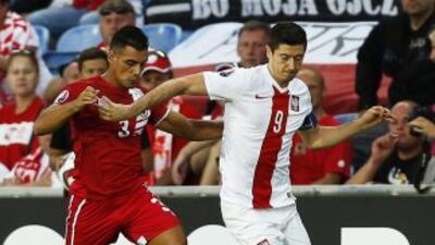 Polonia golea a Gibraltar en su estreno internacional