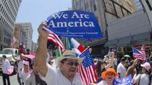 Quiénes son los inmigrantes indocumentados que no califican para la reforma migratoria