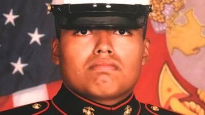 Lo iban a deportar y ahora recibirá una compensación de 190,000 dólares: el feliz final de la historia de un veterano hispano