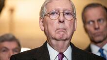 McConnell bloquea por tercer día la votación en el Senado del proyecto de ley para aumentar los cheques de ayuda a $2,000