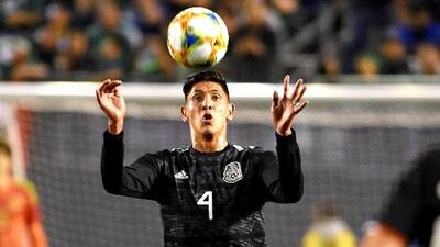 Edson Álvarez prefirió el Ajax que fichar con un club de la Premier League