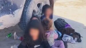 Cinco niñas abandonadas por 'coyotes'