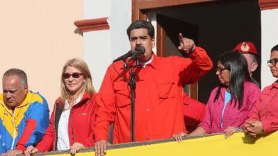 Venezolanos en Nueva York piden acciones contra Maduro tras la retención de un equipo de Univision Noticias en Miraflores