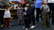 Educación inicial de alta calidad produce enormes dividendos monetarios y sociales, dice Nobel de Economía