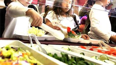 Distrito Escolar Unificado de Los Ángeles proporcionará comidas gratuitas durante el verano
