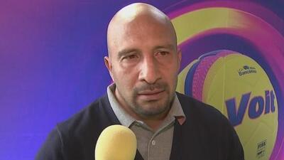 Oscar 'Conejo' Pérez dice que ahora sí, seis meses más y se retira