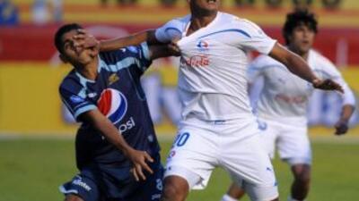 Olimpia sigue líder del Clausura hondureño y Real España humilla al Marathón