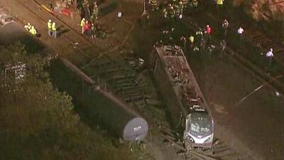 Accidente de tren en Filadelfia deja seis personas muertas