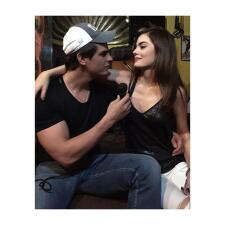 Ximena Navarrete sigue muy romántica con su nuevo novio