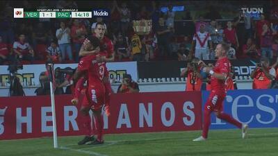 Fútbol champaña del Veracruz para el 1-1 con Pachuca