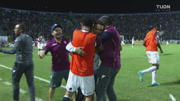 Palo de Motagua, silbatazo final y Saprissa es campeón de la Concacaf League