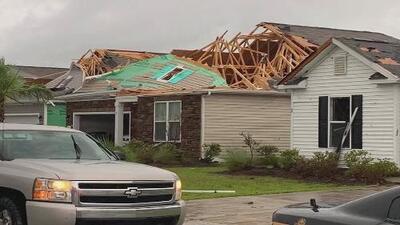 En video el paso de un tornado en Carolina del Norte