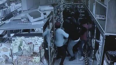Se repite la historia de 'Junior': un joven es agredido en una bodega, pero esta vez consigue salvar su vida