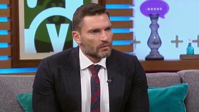 Julián Gil admite estar desesperado por las acusaciones de que cometió un acto ilegal al fotografiarse con Matías
