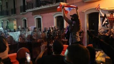Manifestantes puertorriqueños siguen activos en su lucha por exigir la renuncia del gobernador Ricardo Rosselló