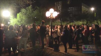 Honran en Arizona con una vigilia las víctimas del tiroteo en una sinagoga en Pittsburgh