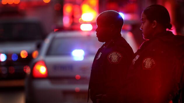 Familiares afirman que hay un hispano entre las víctimas fatales del tiroteo en Nueva Jersey