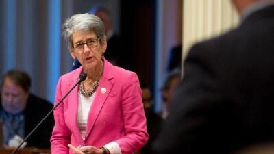 """""""Es un paso gigante para las mujeres"""": California obliga por ley que ellas ocupen cargos directivos"""
