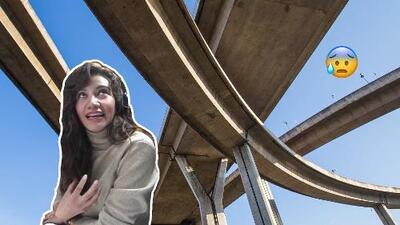 Argelia tiene miedo de pasar por debajo de los puentes
