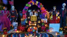 El Borrego habla sobre la iniciativa de su esposa de cambiar las decoraciones de Halloween por un Altar de Muertos