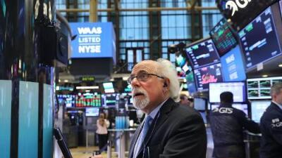 Bolsa de Nueva York cae más de 700 puntos luego del anuncio de Trump de imponer aranceles a China