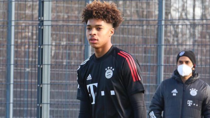 Justin Che, juvenil texano del Bayern, acepta que piensa en la selección alemana