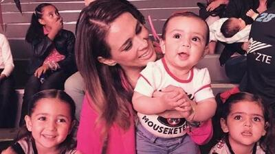 Jacqueline Bracamontes confirma que está embarazada de gemelos