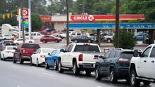 """""""Llevará tiempo"""": cuándo podría reanudarse el suministro de gasolina en Carolina del Norte"""