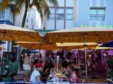 EEUU supera los 7 millones de contagios, OMS predice 2 millones de muertes y Florida levanta restricciones a restaurantes