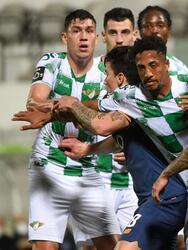 Porto logra el empate ante el Moreirense FC 1-1 durante la Jornada 29 de la Primeira Liga. Nahuel Ferraresi marcaba el primer tanto para los de Moreira y, de último minuto, Mehdi Taremi logró empatar el encuentro, logrando la repartición de puntos. El mexicano Jesús 'Tecatito' Corona fue titular durante el encuentro.
