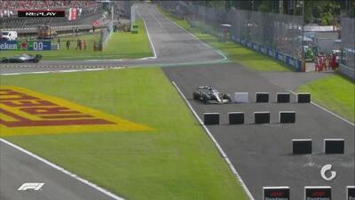 Hamilton se queda sin neumáticos: se fue recto y pierde la segunda posición
